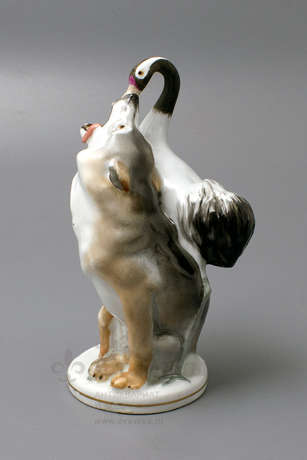 "A porcelain figurine of the USSR ""Wolf and crane"" animals LFZ, sculptor Boris Vorobyov I - photo 1"