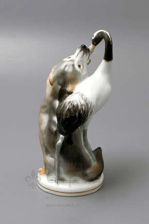 "A porcelain figurine of the USSR ""Wolf and crane"" animals LFZ, sculptor Boris Vorobyov I - photo 2"