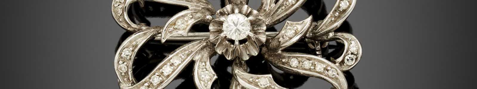 A513-II: Juwelen