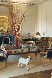 A Parisian pied-à-terre curated by Hubert de Givenchy
