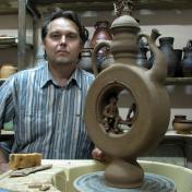 Ceramist Vitaliy Gychev