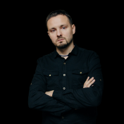 Painter Yuriy Musatov