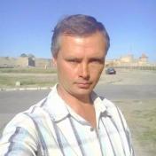 Painter Oleg White