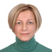 Painter Gelena Pavlenko