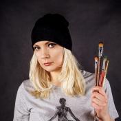 Painter Anna Kozyreva