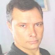 Painter Aleks White