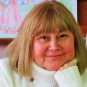 Painter Larisa Bjlibot