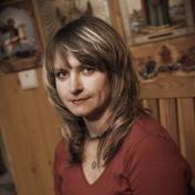Painter Tetiana Osipova