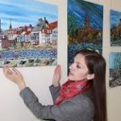Painter Elena Leshchenko