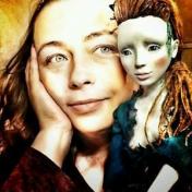 Painter Yulyia Kosmynina