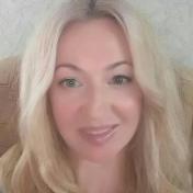 Painter Natasha Petrova