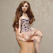 Painter Larisa Nasanovich