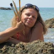 Painter Tamara Sanina