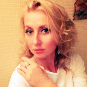 Painter Natalia Yampolskaia