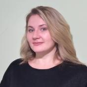 Painter Natalia Reznichenko
