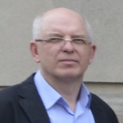 Painter Konstantin Tetlyashov