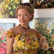 Painter Diana Malivani