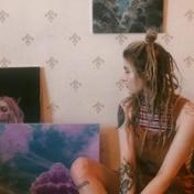 Painter Lena Barieva