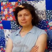 Painter Anastassia Naumova