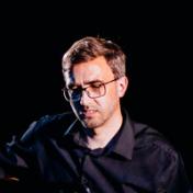 Artist Aleksey Kuzmin