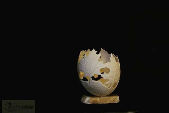 khachatur bakhchoyan. vase-Maple leaves - photo 1