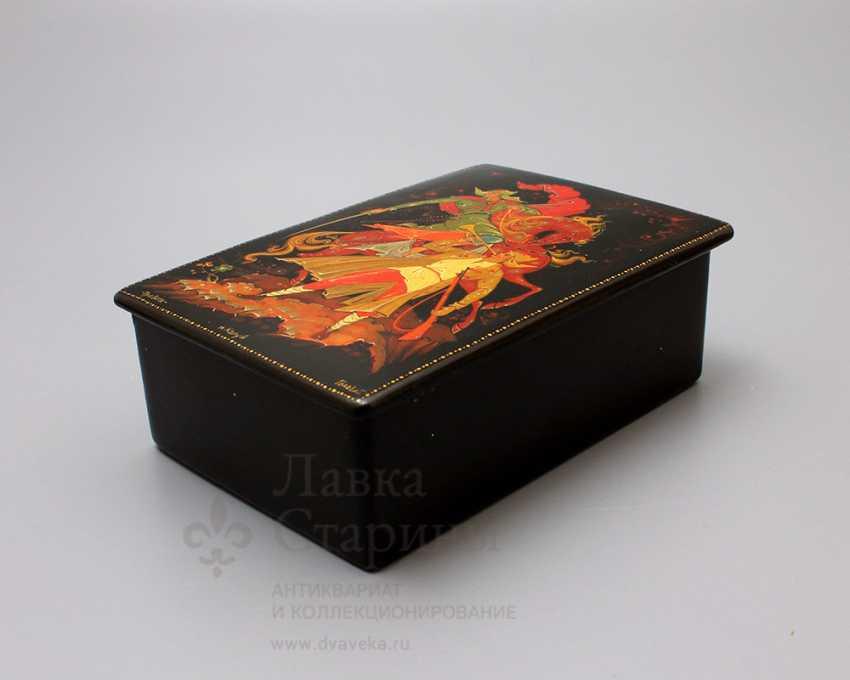 "Agitation varnished box of papier-mache ""Alarm"", USSR, p. lackey, 1960s - photo 2"