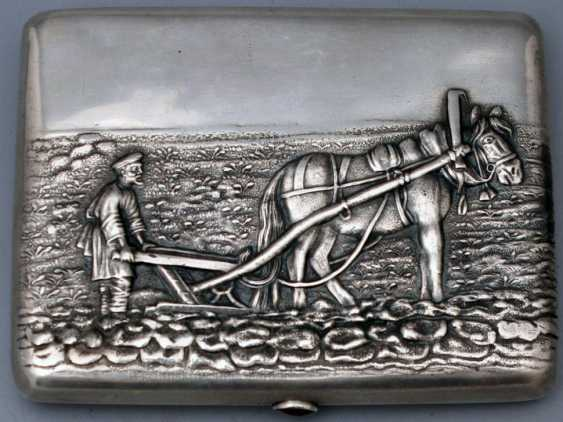 "Vintage Cigarette case silver 84 sample ""the Farmer and the horse"" - photo 1"