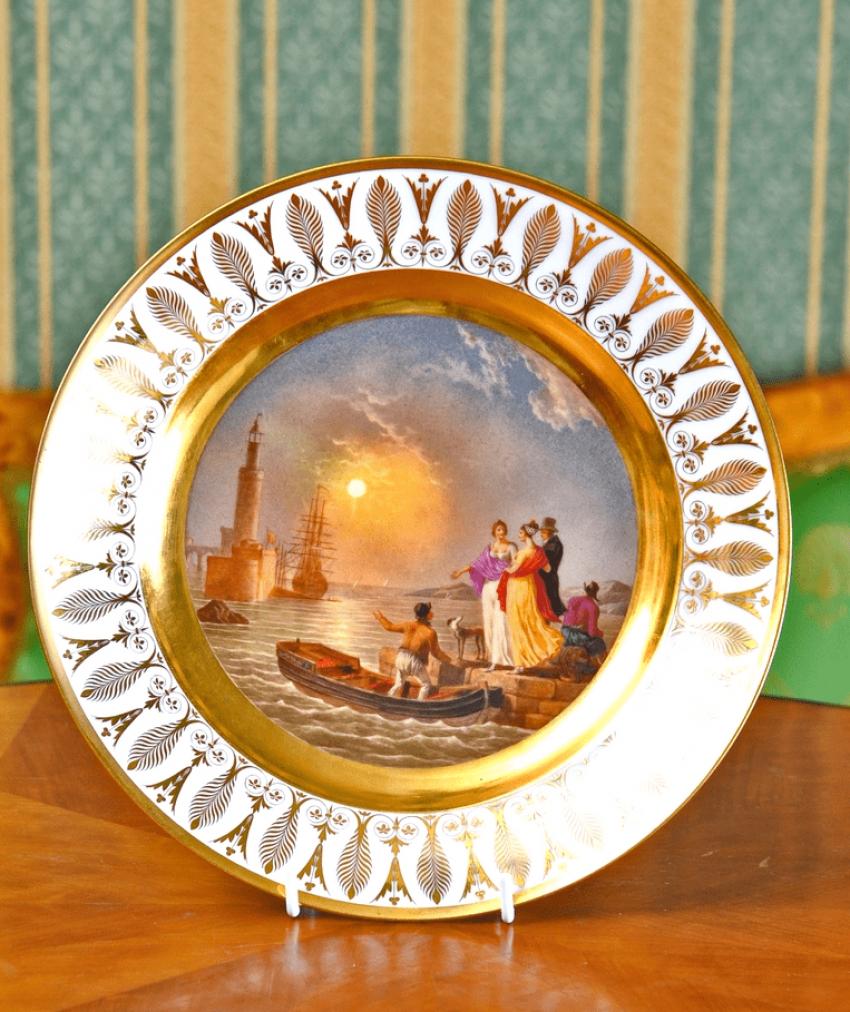 Dish France, early XIX century porcelain - photo 1