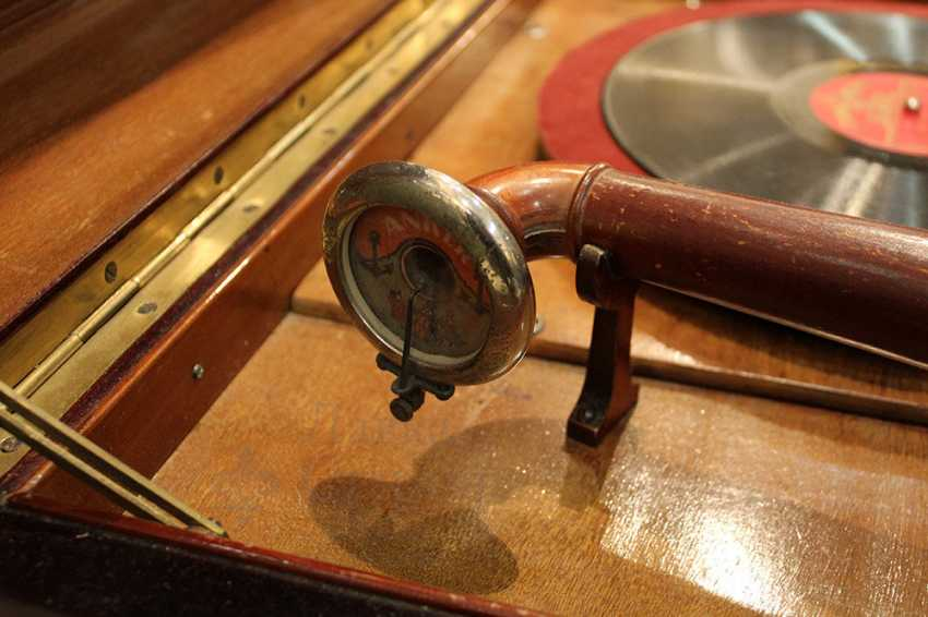 """Large vintage gramophone """"ANKER AMATI"""", Germany, early 20th century - photo 4"""