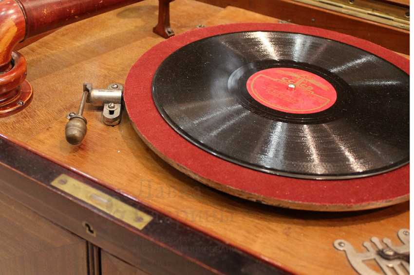 """Large vintage gramophone """"ANKER AMATI"""", Germany, early 20th century - photo 3"""