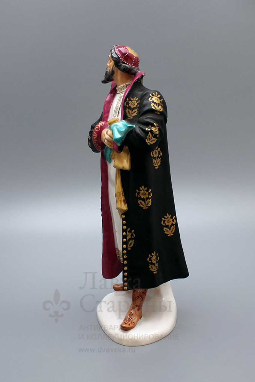 "A porcelain figurine of the USSR the ""F. I. Shalyapin as Boris Godunov in the Opera Mussorgsky ""Boris Godunov"", the sculptor Tropiansky J. A., LFZ - photo 3"