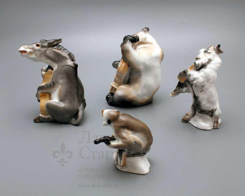 "Composition of porcelain statuettes of the ""Quartet"" of the fable by I. A. Krylov, Lomonosov porcelain factory, the sculptor Boris Vorobyov I - photo 3"