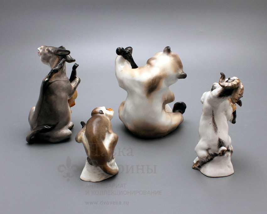 "Composition of porcelain statuettes of the ""Quartet"" of the fable by I. A. Krylov, Lomonosov porcelain factory, the sculptor Boris Vorobyov I - photo 4"
