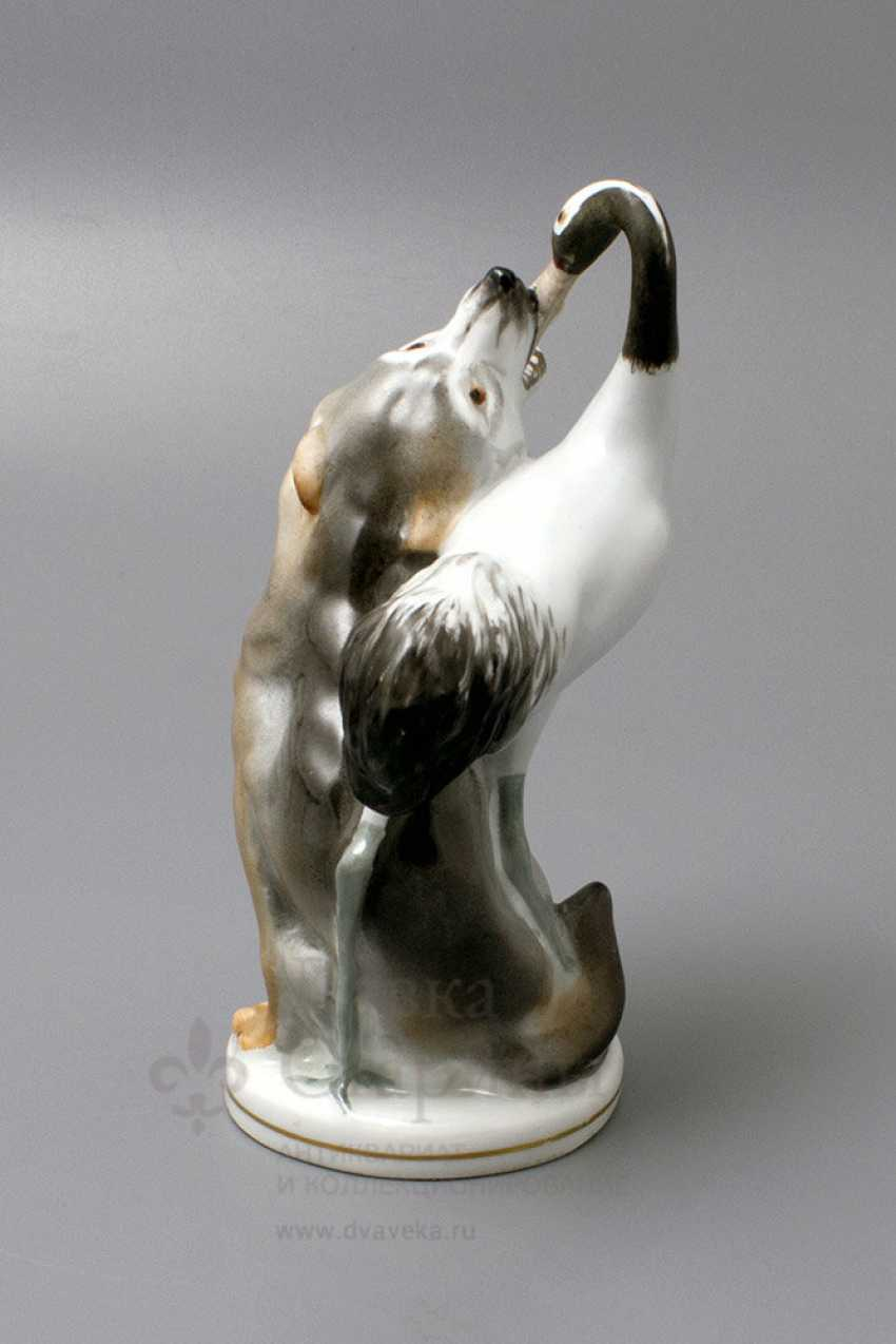 "A porcelain figurine of the USSR ""Wolf and crane"" animals LFZ, sculptor Boris Vorobyov I - photo 3"