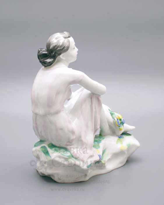"Porcelain figurine ""On holiday"", LFZ, sculptor Gendelman And E., the artist lupanova E. N. - photo 5"