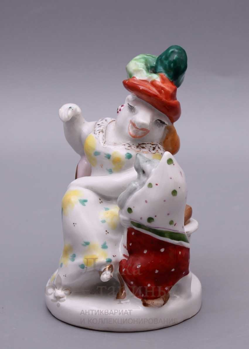"""Soviet porcelain figurine """"Rat and mouse"""" (And Russian fat eating) in the fable of S. Mikhalkov, LFZ, sculptor B. Ya. Vorobyov - photo 2"""