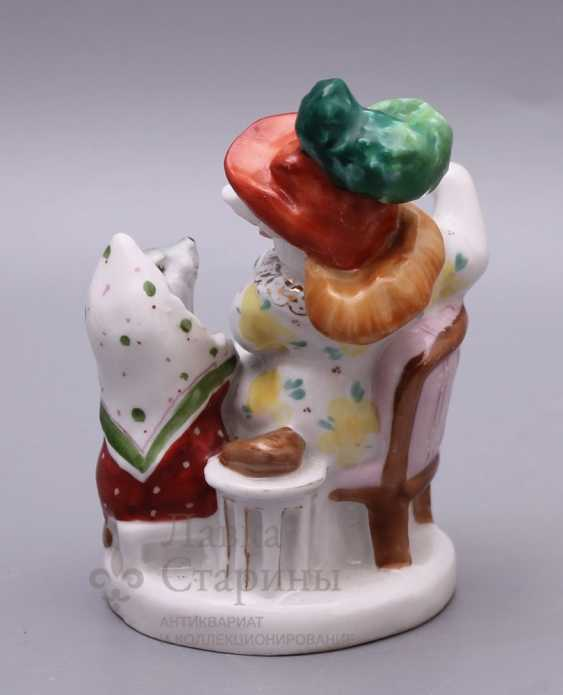 """Soviet porcelain figurine """"Rat and mouse"""" (And Russian fat eating) in the fable of S. Mikhalkov, LFZ, sculptor B. Ya. Vorobyov - photo 4"""