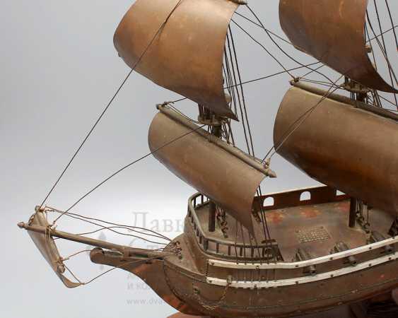 Vintage model sailing ship, brass, wood - photo 3