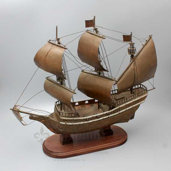 Vintage model sailing ship, brass, wood - photo 1