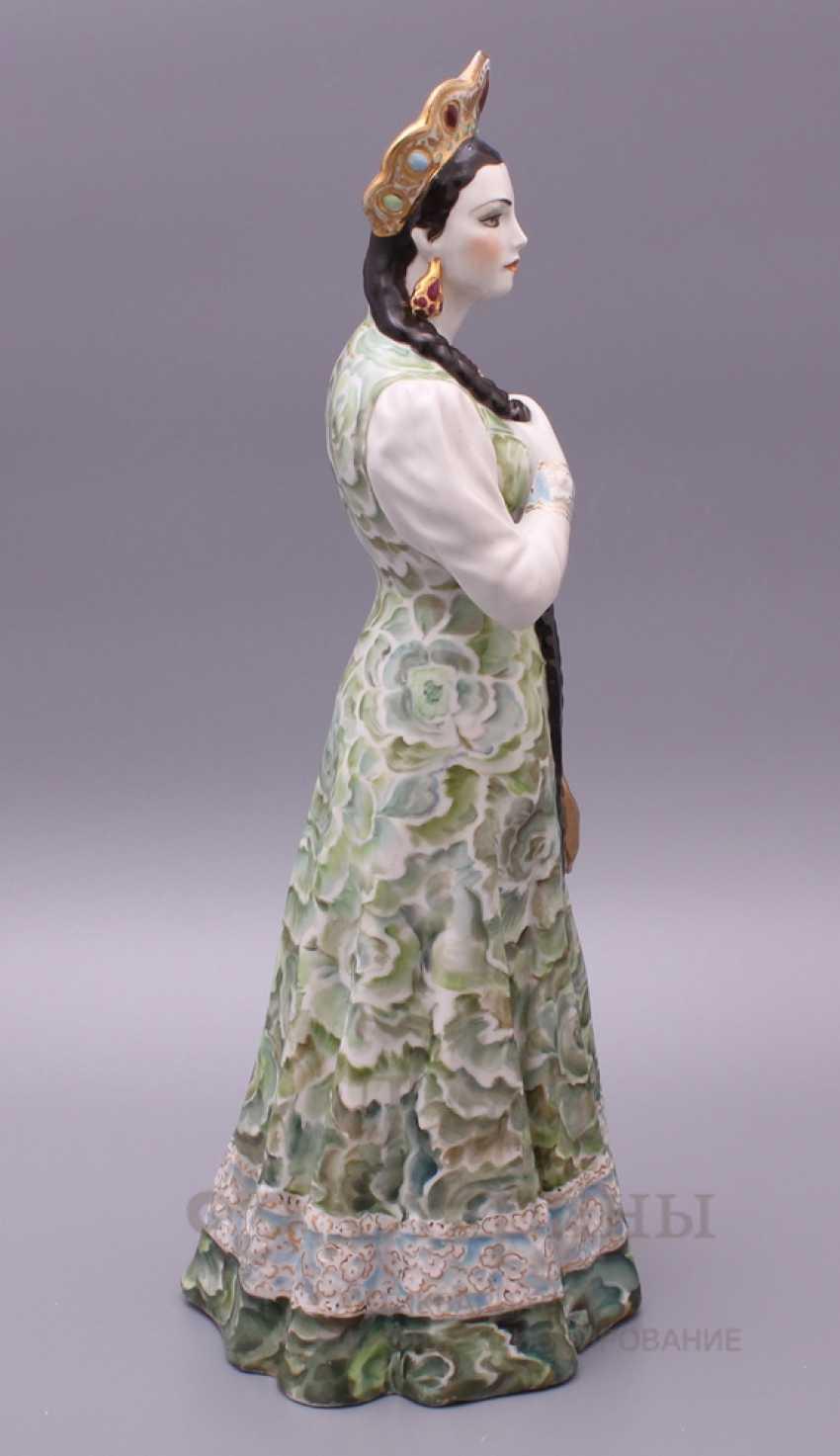 "Figurine ""Mistress of copper mountain"", Dulevo porcelain - photo 3"