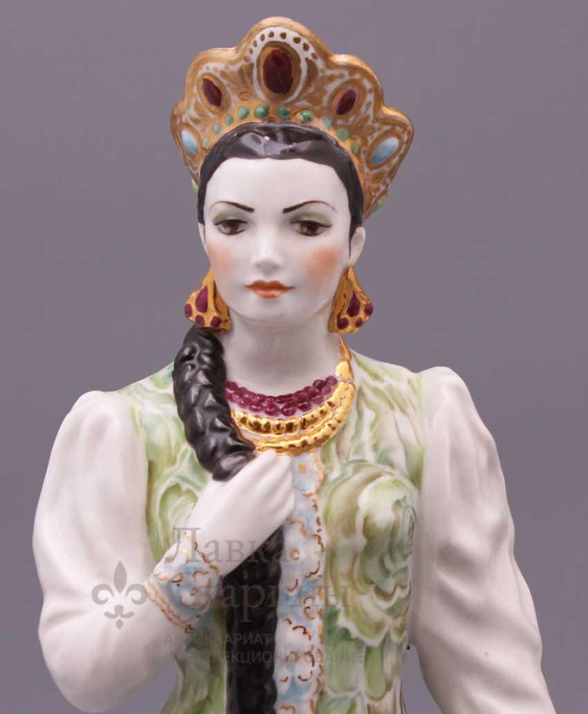 "Figurine ""Mistress of copper mountain"", Dulevo porcelain - photo 2"