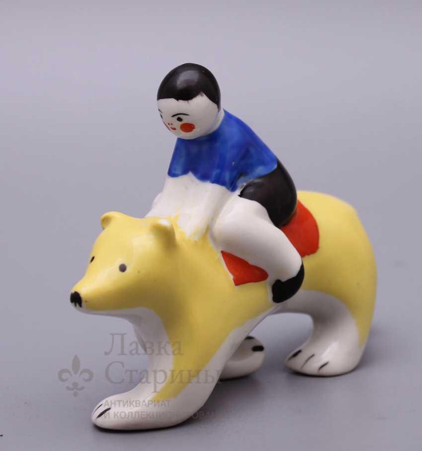 "Porcelain figurine ""Boy bear"" from the ""Carousel"", Verbilki USSR - photo 1"