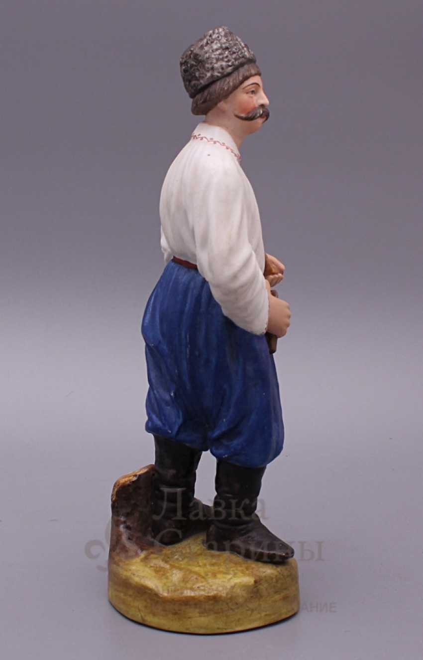 """Figurine """"Cossack with a pipe"""", Verbilki, 1920, biscuit - photo 4"""