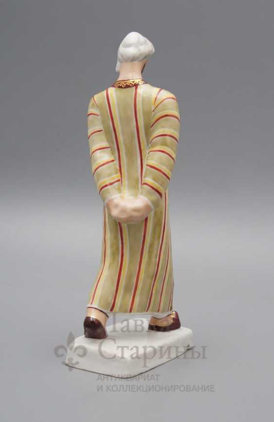 """Soviet porcelain figurine """"Uzbek"""", a sculptor Popov K. V., Verbilki - photo 2"""