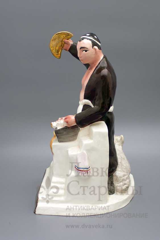"The sculpture ""Chef–Uzbek"", author frih-har, faience, repeat the 1990-2000s - photo 2"