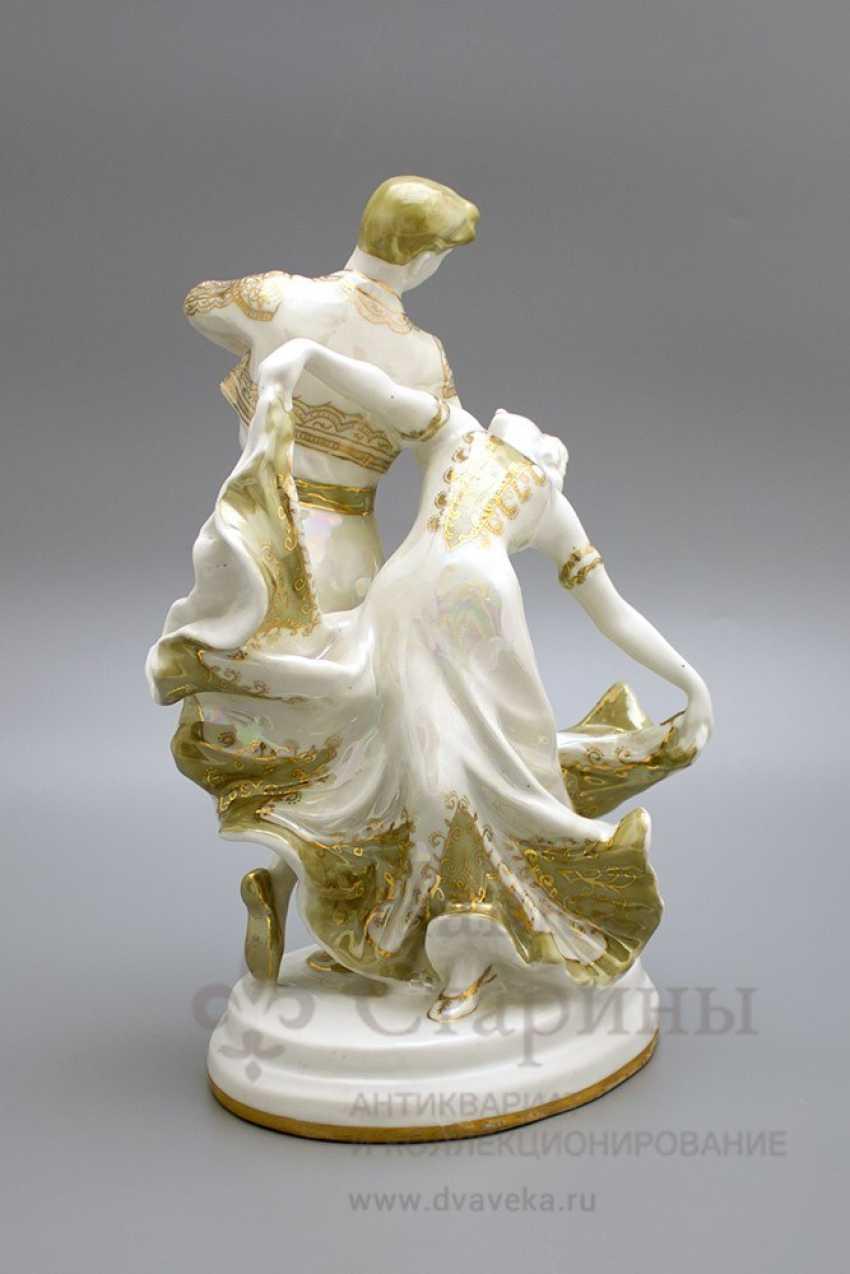 """The sculpture """"Spanish dance"""", LZFI, porcelain, USSR - photo 4"""