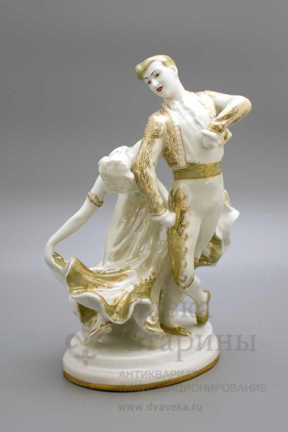 """The sculpture """"Spanish dance"""", LZFI, porcelain, USSR - photo 1"""