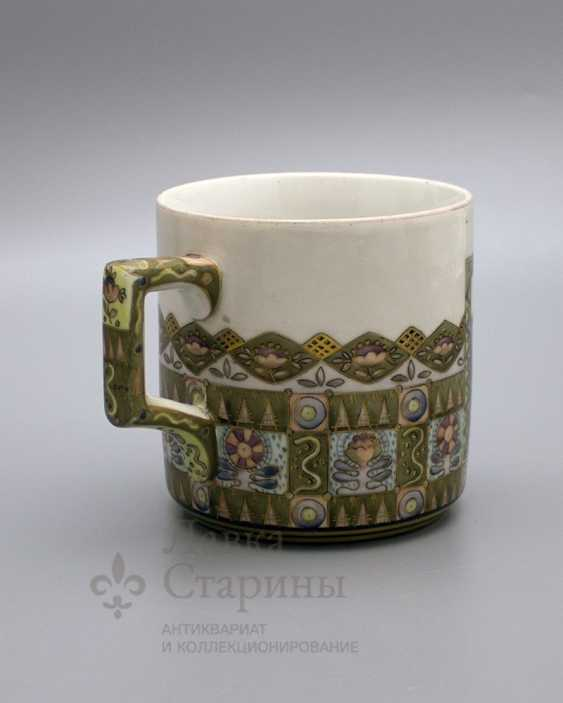 """Mug in the Russian style """"knight at the crossroads"""", the ZFA porcelain Verbilki, 1930s years - photo 3"""
