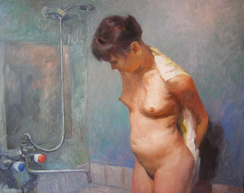 Gennadyi Sharoikin. Nude in the shower - photo 1