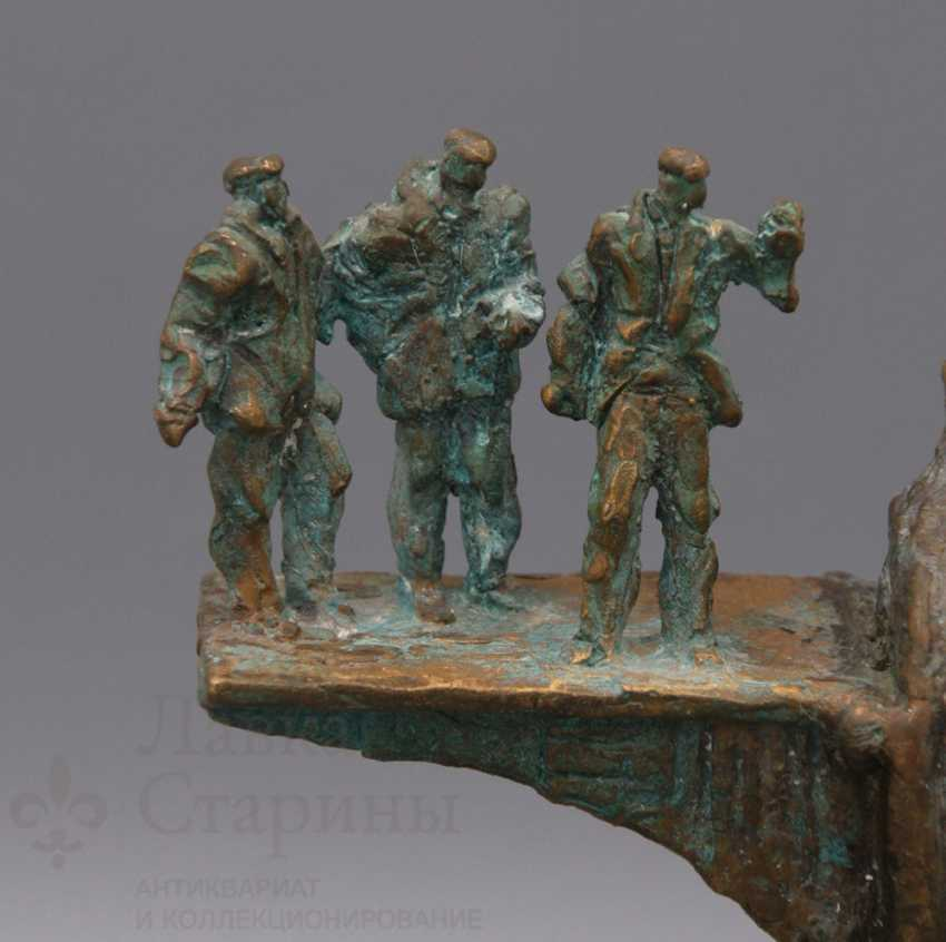 "The Sculpture ""Oil Industry"" - photo 4"
